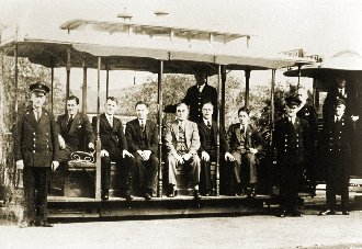Officials at the closure of the Clifton Hill cable line (1940)