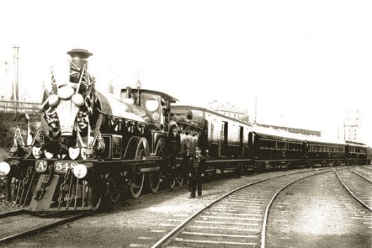 AA class steam locomotive No 548 on Royal Train (1901). Photo Public Record Office of Victoria.